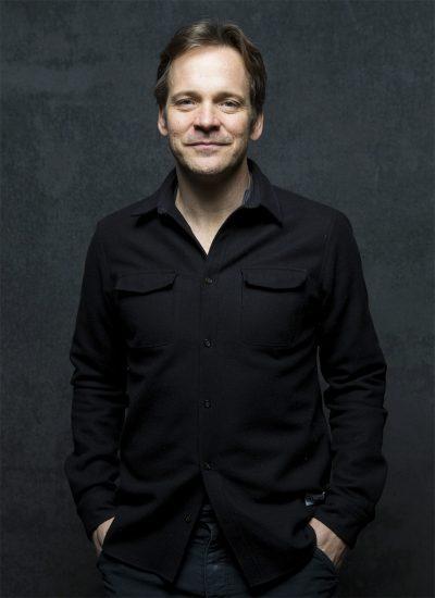 Peter Sarsgaard e Jeff Daniels vão estrelar série sobre o ataque terrorista às Torres Gêmeas