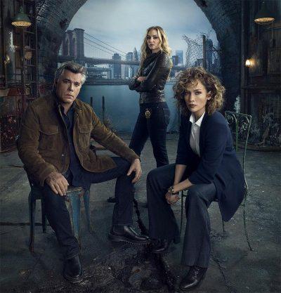 Série policial de Jennifer Lopez, Shades of Blue é renovada para sua 3ª temporada