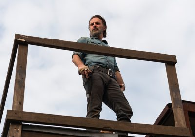 O confronto é inevitável em fotos, cena e trailer legendado do final da temporada de The Walking Dead