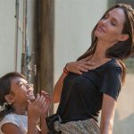 Angelina Jolie é indicada pela segunda vez ao Globo de Ouro como diretora de Filme Estrangeiro