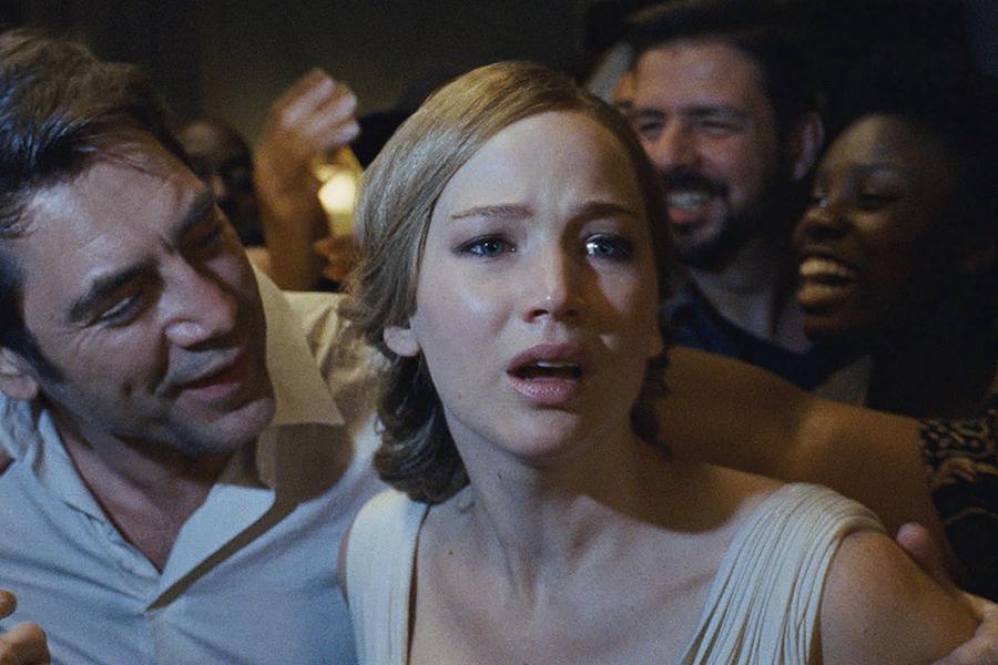Jennifer Lawrence, Transformers e Johnny Depp são indicados ao Framboesa de Ouro como piores do ano