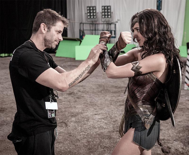 """Zack Snyder """"curte"""" campanha por versão do diretor de Liga da Justiça"""