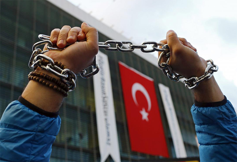Turquia proíbe filmes e mostras LGBT+ na capital do país
