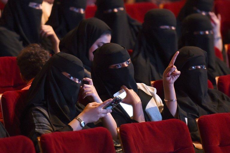 Arábia Saudita vai permitir abertura de cinemas no país após 35 anos de proibição