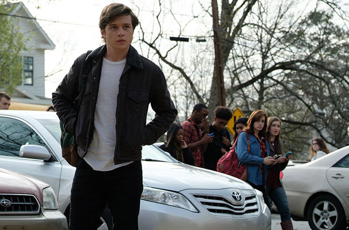 heróis da DC ganha primeiro trailer