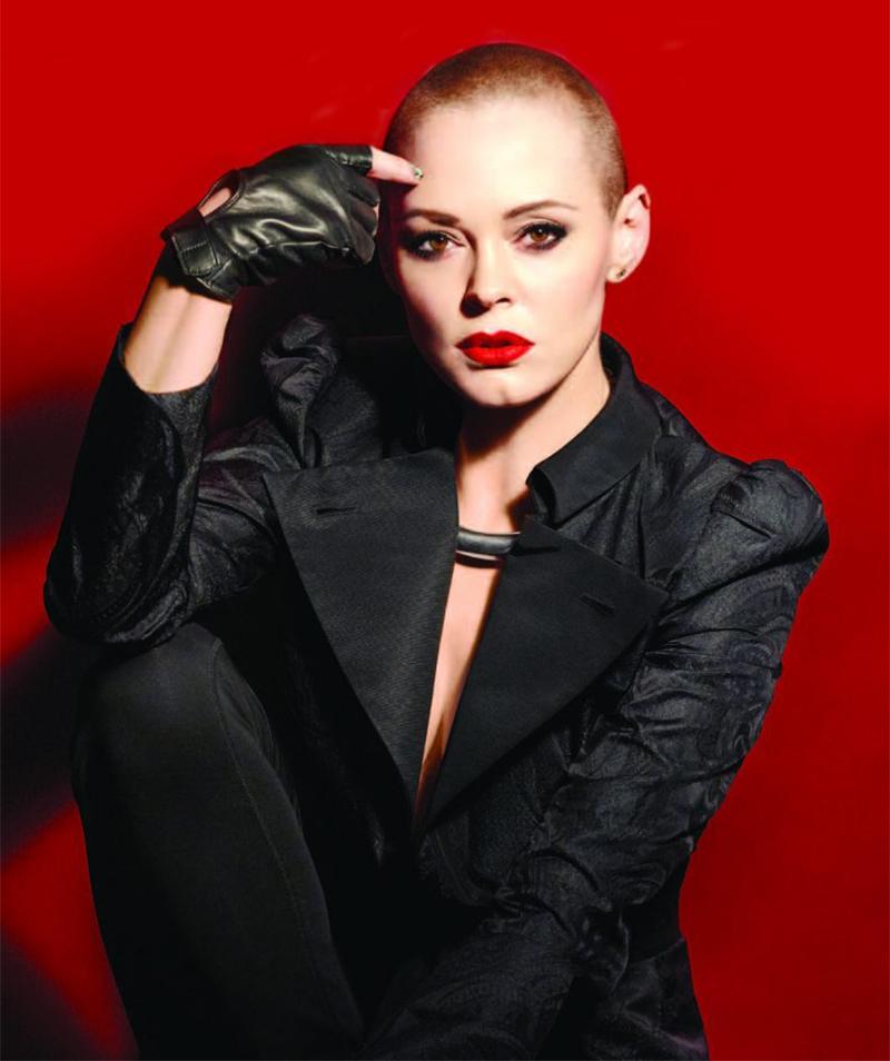 Rose McGowan ataca atrizes que querem se vestir de preto no Globo de Ouro