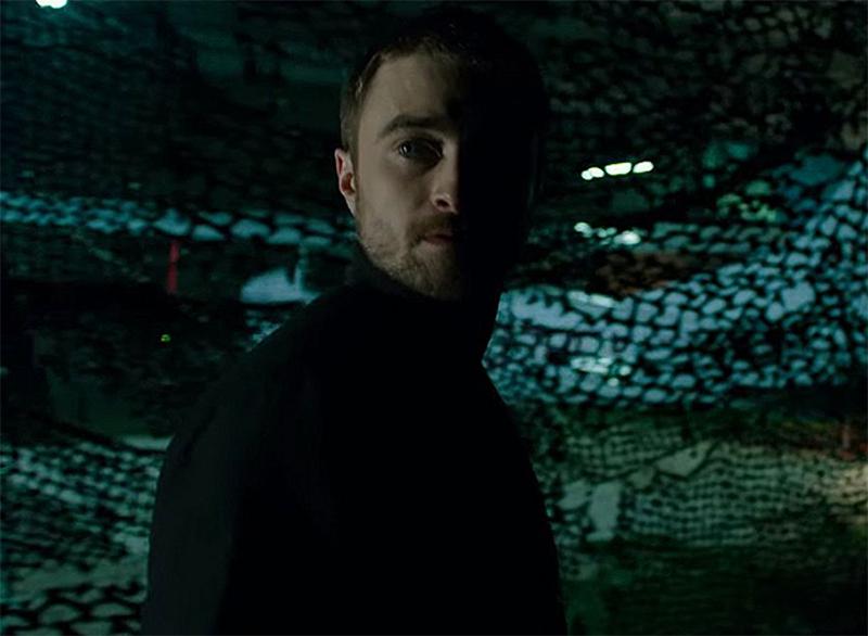 Daniel Radcliffe é piloto de traficantes em trailer de suspense