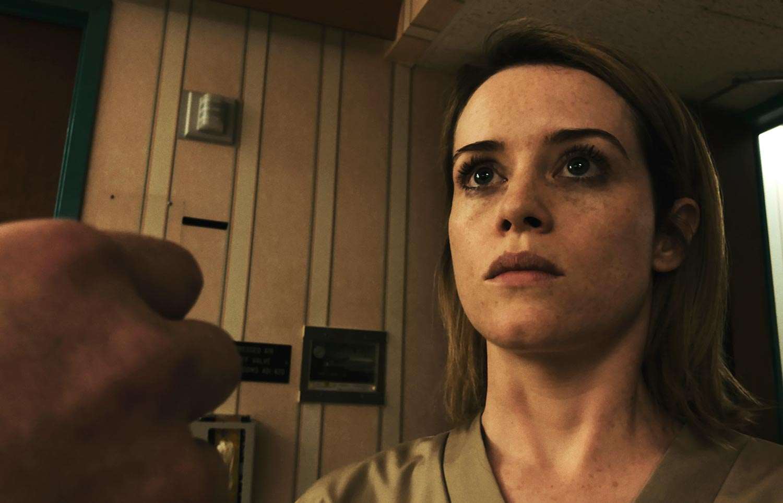 Claire Foy aparece nas primeiras fotos do filme que Steven Soderbergh fez com um iPhone