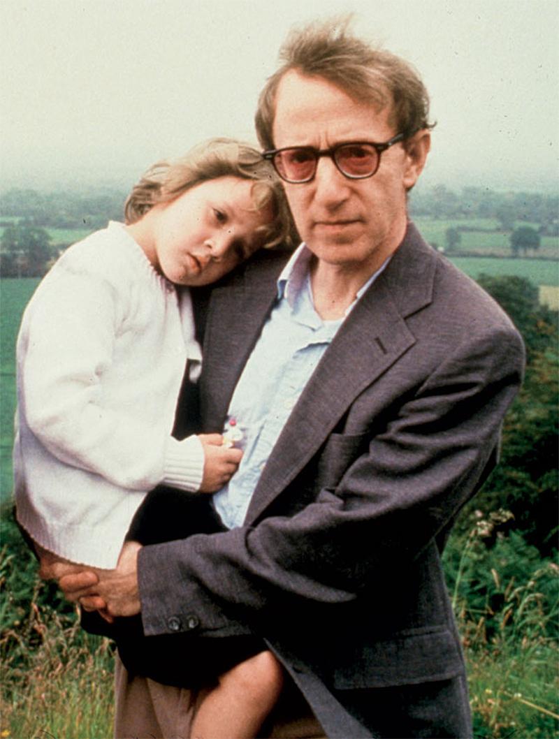 Woody Allen repete que não molestou a filha e culpa Mia Farrow por lavagem cerebral