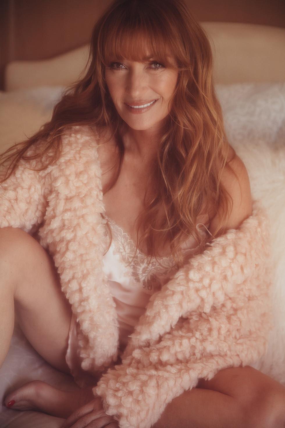 Sex symbol dos anos 1970, Jane Seymour volta a posar para a Playboy aos 67 anos