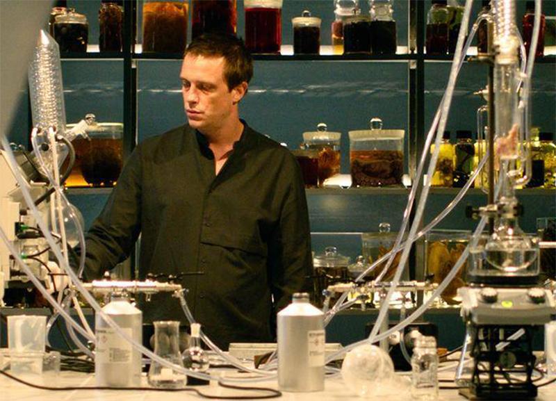 Netflix vai coproduzir série alemã baseada no best-seller Perfume