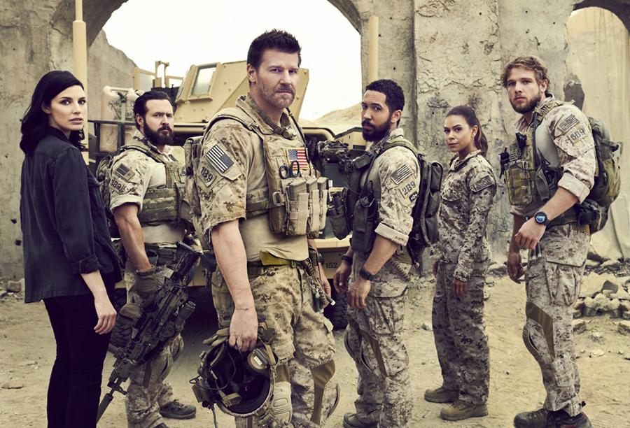 Showrunner de SEAL Team é demitido após investigação sigilosa da CBS | Pipoca Moderna