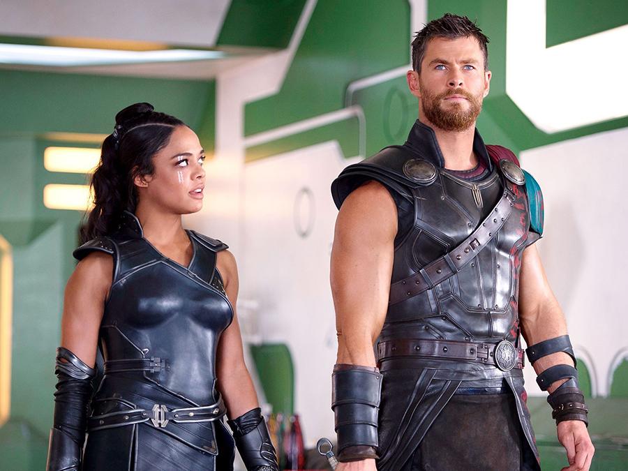 Chris Hemsworth e Tessa Thompson estão nas refilmagens de Vingadores 4