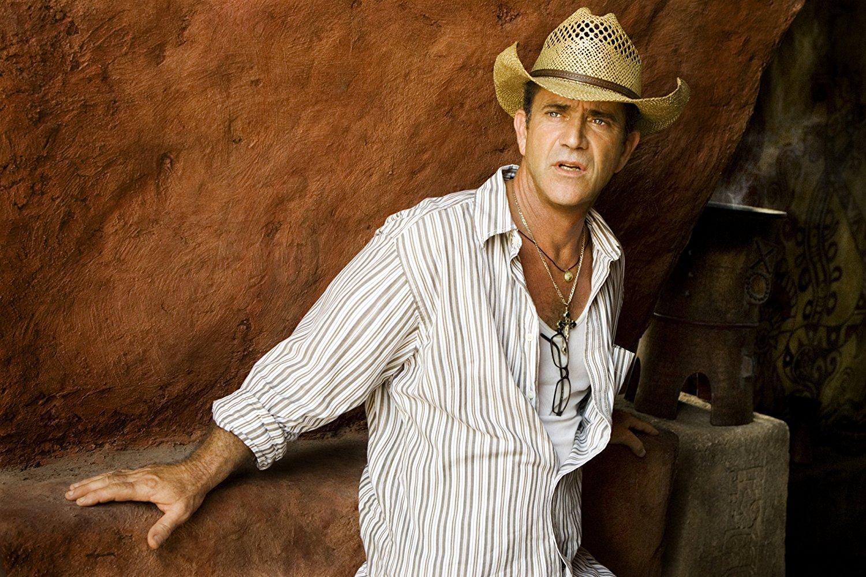 Mel Gibson passou uma semana internado em hospital com covid-19