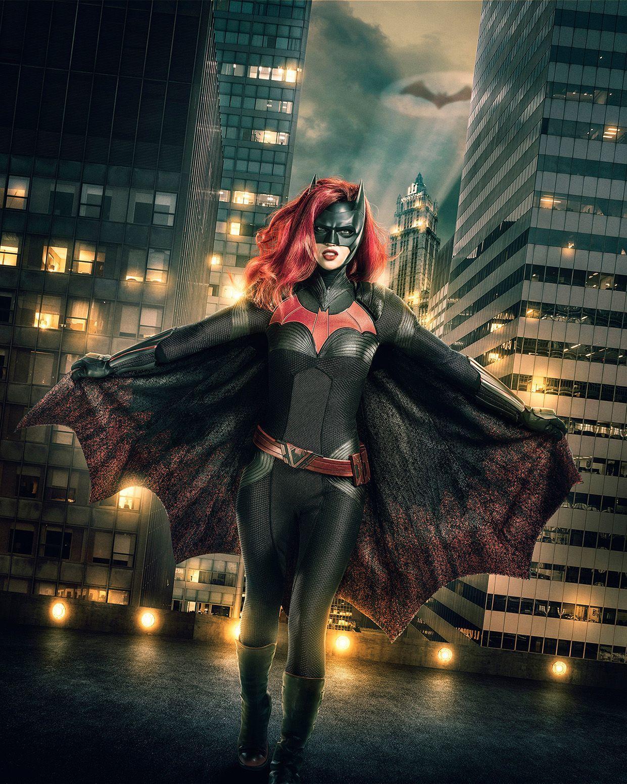 Estreia de Batwoman no crossover Elseworlds gera clamor pela série solo da heroína | Pipoca Moderna