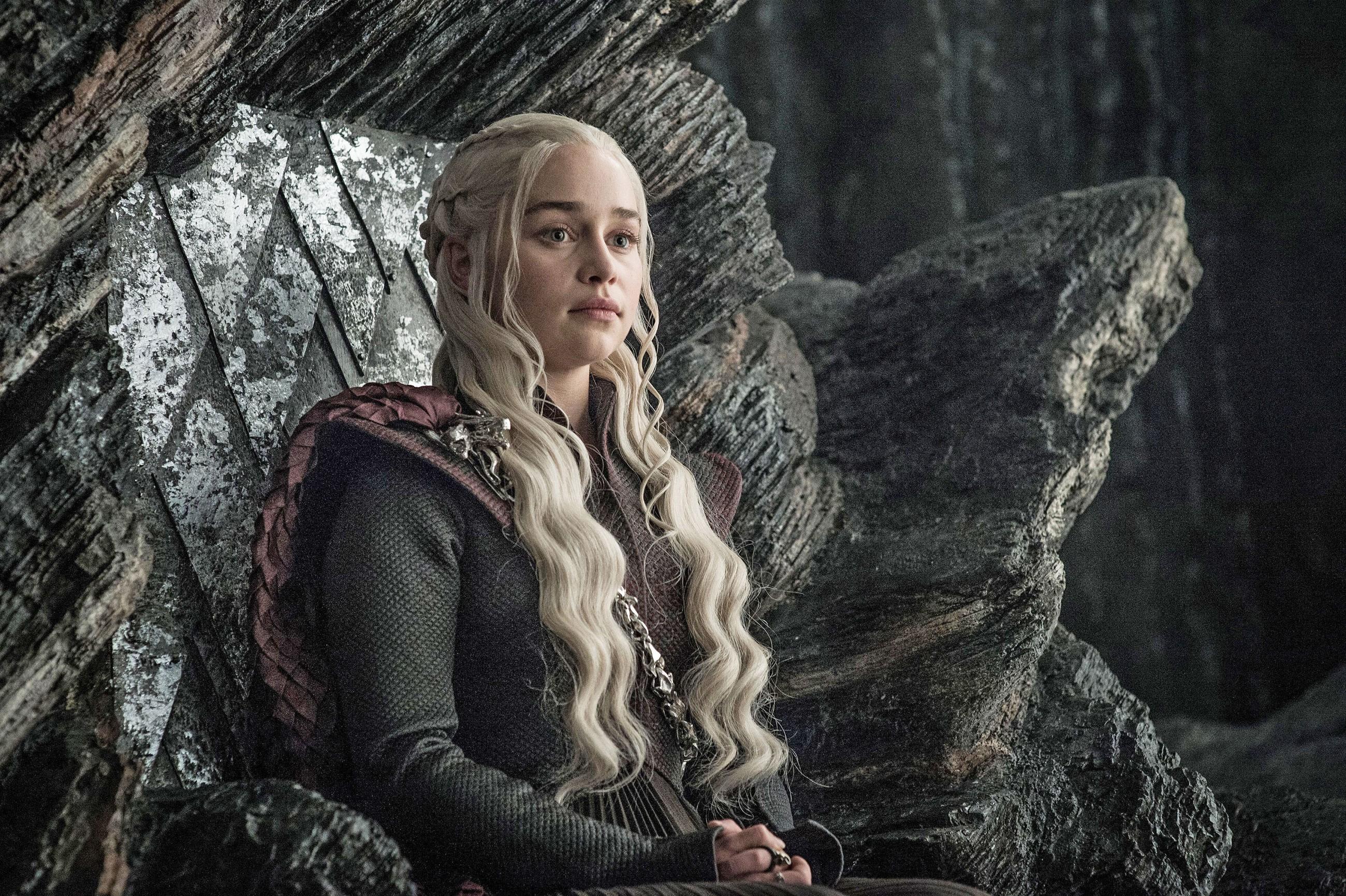 """50 mil fãs assinam petição para a HBO refazer o final """"incompetente"""" de Game of Thrones"""