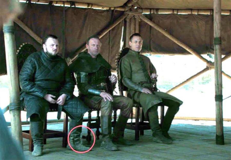 Final de Game of Thrones teve garrafas de plástico em cena