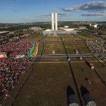 Crítica: Democracia em Vertigem reflete impasses do cinema militante no Brasil