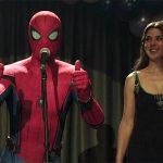 Happy e Tia May viram casal em novo comercial de Homem-Aranha: Longe de Casa