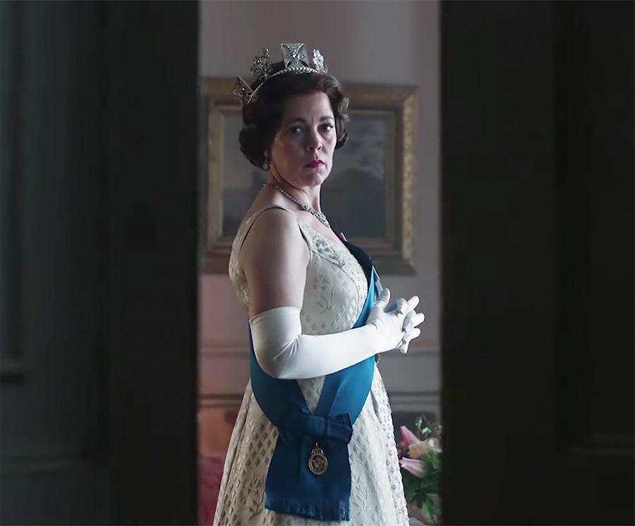 The Crown: Vídeo destaca transformação de Olivia Colman na Rainha Elizabeth II | Pipoca Moderna