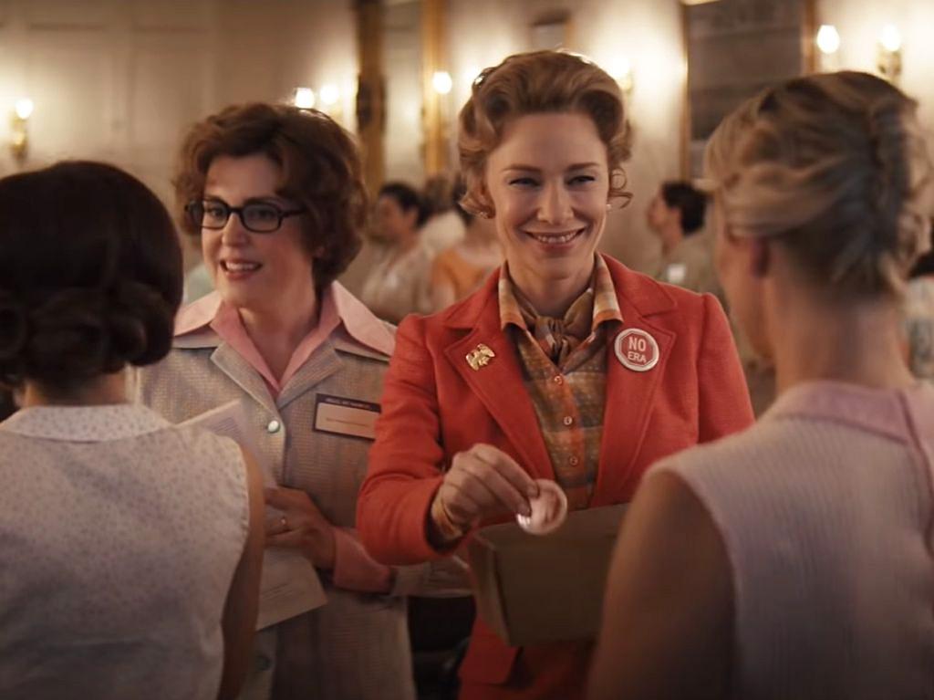Mrs. America: Série em que Cate Blanchett enfrenta o feminismo estreia no Brasil