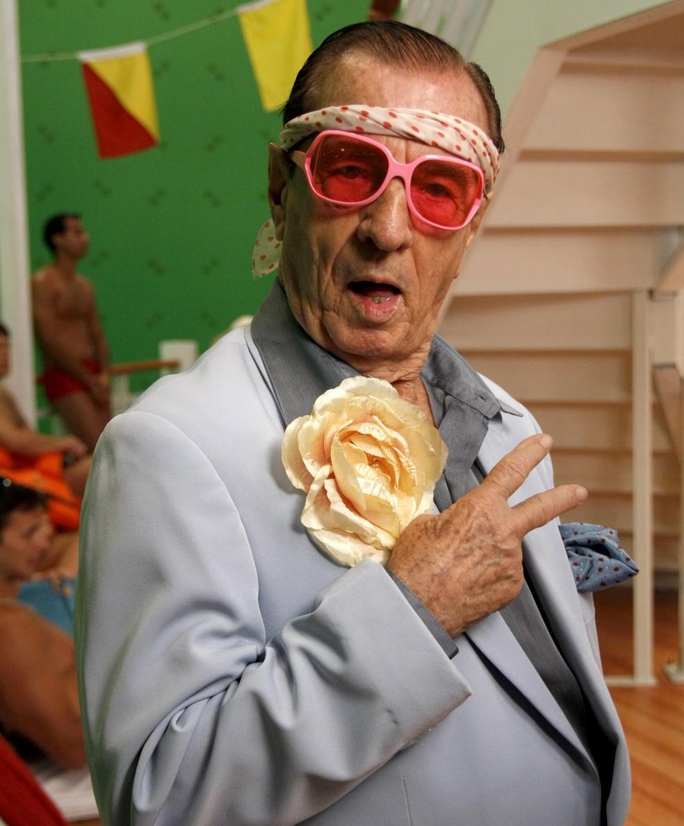 Orlando Drummond está internado em estado grave aos 101 ...
